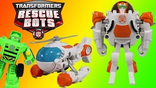 Playskool Heroes Transformers Rescue Bots Blades the Flight-Bot Transformers into a Helicopter