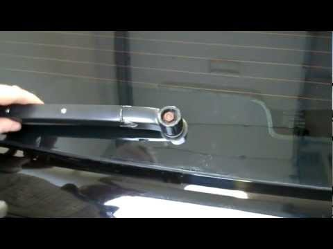 How to service the rear wiper arm on a Range Rover Sport