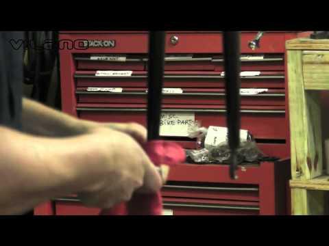 Steel fork dropout adjustment