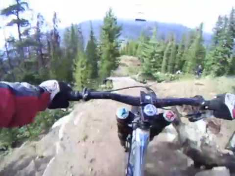 Riding the 2010 Giant Glory 0 downhill bike
