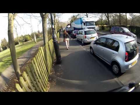 Episode 39. The Jeremy Clarkson Dilemma and 'Sarf London' 50cc Gang!