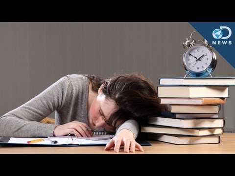 Why Teens Should Sleep In On School Days