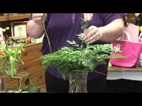 Flower Arrangements : How to Make Funeral Flower Arrangements