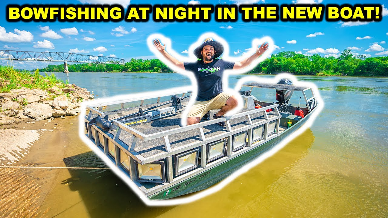 NIGHT-TIME BOWFISHING with My New GIANT Boat for the FIRST TIME!!!