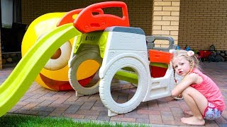 Download Настя и весёлые видео про живые игрушки Video