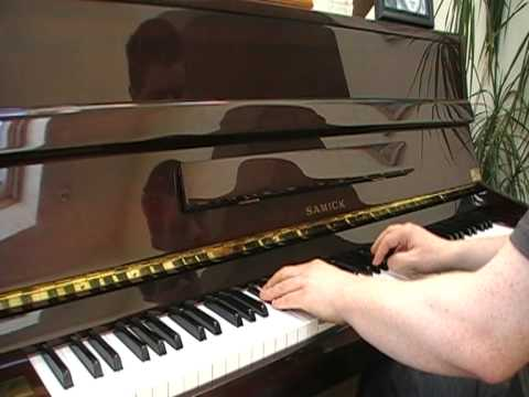 Dianna Ross and The Bee Gees: Chain Reaction on piano