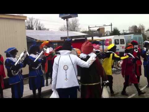 'Dé Pietenband' - intocht Leiden 2010 - club van Sinterklaas