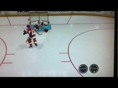 NHL 12 - Few nice moves to beat goalie 1 on 1 - EASHL