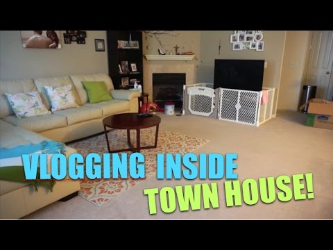 FIRST TIME VLOGGING INSIDE TOWNHOUSE!!