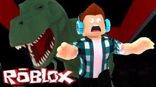 Roblox - UM DINOSSAURO ME COMEU !! ( Fuja do Cinema Roblox )