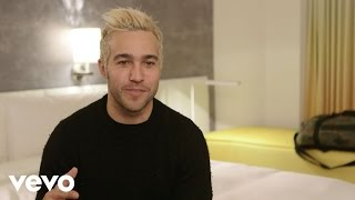 Pete Wentz - What's In My Room brought to you by Marriott Rewards