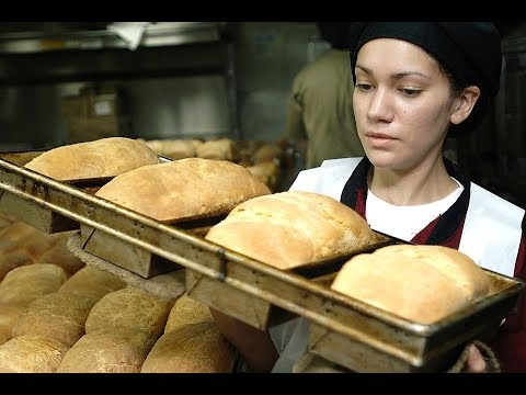 Do You Know When Bakers Earn Most of Their Money?: Pirate Stu's Bootyful Joke of the Day #0383