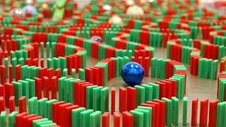 Merry Christmas in Dominoes! 🎅🏻 (Christmas Card)