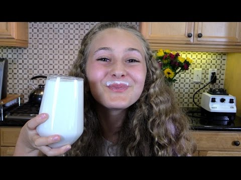 How to Make REAL Almond Milk in 3 minutes! Kids Love it!