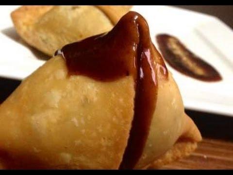 How To Make Samosa - Step by Step Recipe | Punjabi Samosa | Aloo Samosa