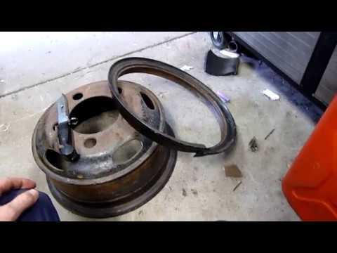 Locking Ring Split rim - Can you dismount it with an AK47 Bayonet?