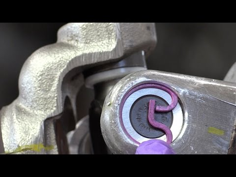 Universal Joints - Part 7: Centering and Adjusting Axial Play