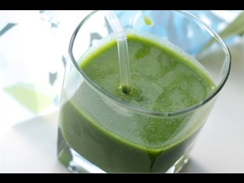 How to make Green Kale Smoothie with your Vitamix