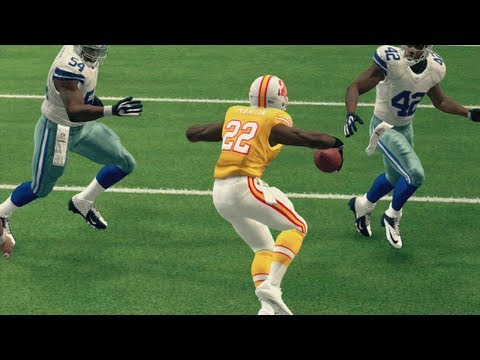 Madden 25 Top 10 Plays of the Week Episode 3 - Doug Martin Gets Shifty in the Open Field