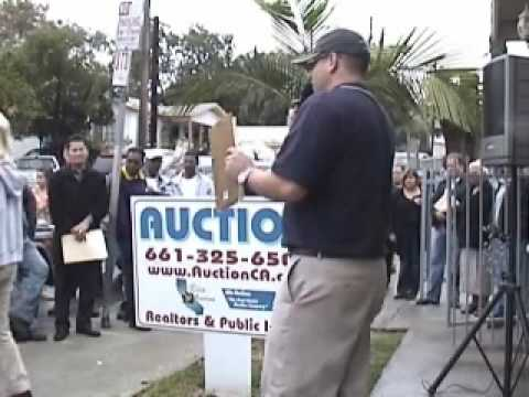 Real Estate AUCTION in Los Angeles conducted by Mike Grigg of Elite Auctions