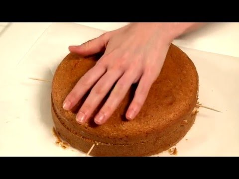 How to split a cake in half