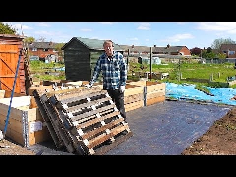 Rick's Allotment (ep90) - Compost Bin From Pallets