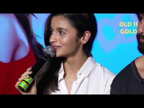 Xxx Mp4 शरेआम आलिआ ने बोले मनचले बोल Alia Bhatt Embarrassing Moments 3gp Sex