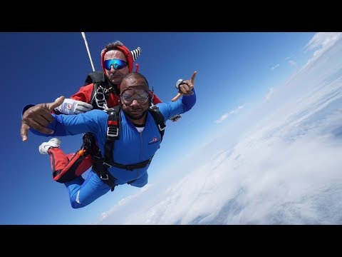 MY FIRST SKYDIVE JUMPED 14,000 FEET
