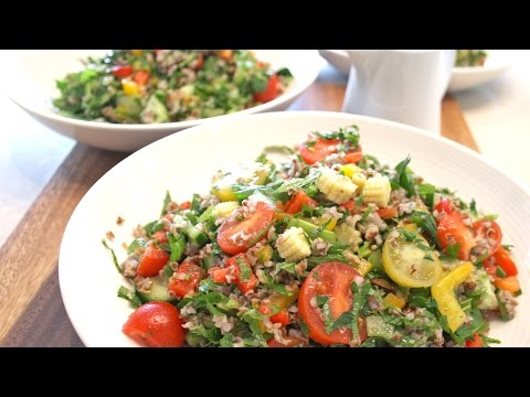 Quick&Healthy :: Veggies lovers salad with cracked purple wheat