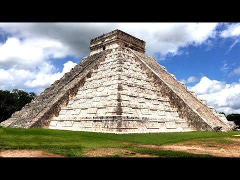 Mexico Chichen Itza - Mayan Temple of Kukulkan 4K UHD