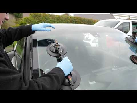 Living With the BMW I3 #35 Windscreen Replacement