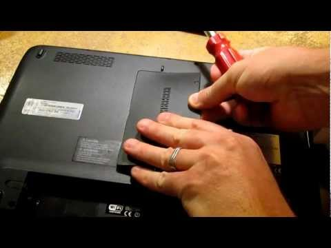 How To Remove and Replace RAM Memory to Upgrade in a Toshiba Satelite L755