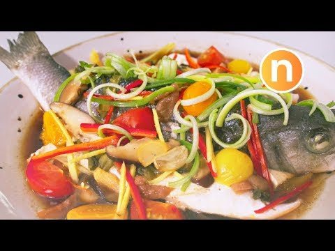 Teochew Steamed Fish | Steamed with Pickled Vegetables and Pickled Plums | 潮州式蒸鱼 [Nyonya Cooking]