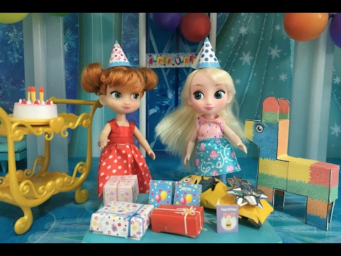 Birthday Party! Elsa and Anna celebrate with Birthday Cake, Piñata, Pass the Parcel & Bouncy Castle!