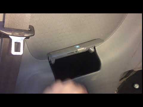 Audi TT mk1 rear panel accessory door operation