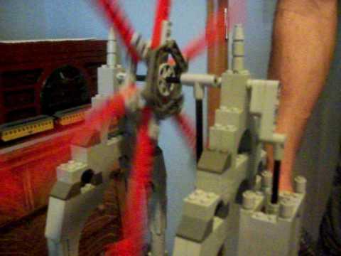 True Vertical Lego Steam Engine with Huge Flywheel !