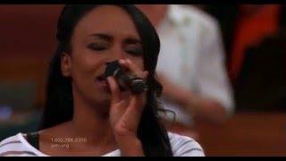 Tara Monpetit - Glorious Day (Living He Loved Me) - PakVim