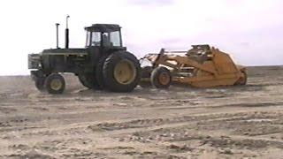 John Deere 860 Scraper Videos & Books