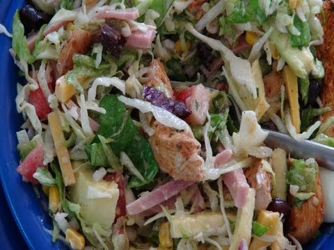 How to Make a Southwestern Chef Salad with Chipotle Chicken
