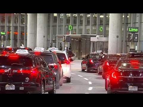 Avoiding illegal taxi 'scoopers' at Pearson airport