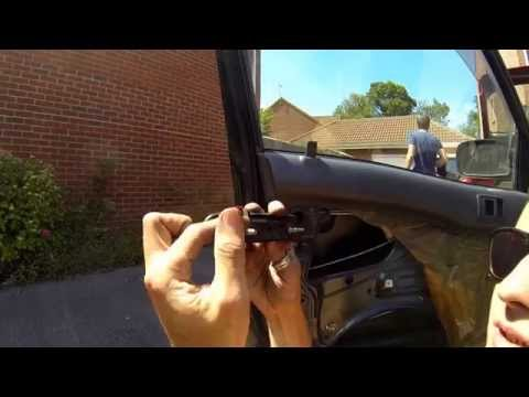 How To Change The Door Handles on a Toyota Starlet - ShootAll Ballers