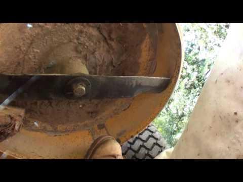 QUICK! & EASY removal of hustler z turn mower blades, GIT ER DONE!