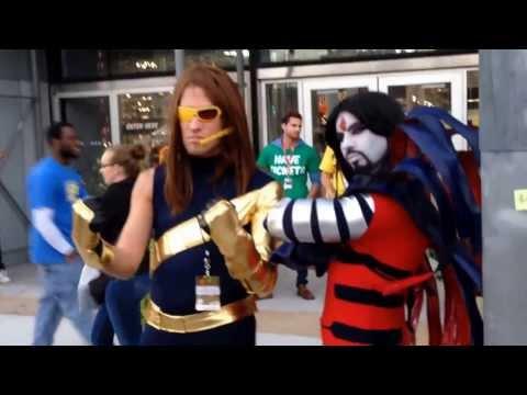 Comic Con 2013 NYC outside