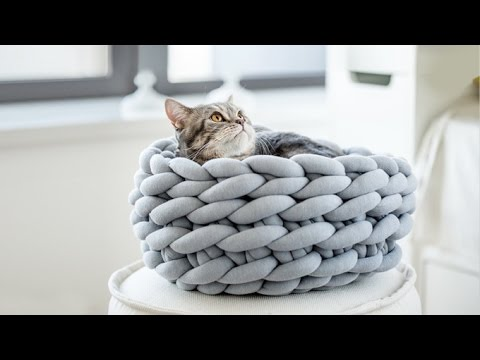 OHHIO | Creating a chunky-knit blanket or throw is easier than ever