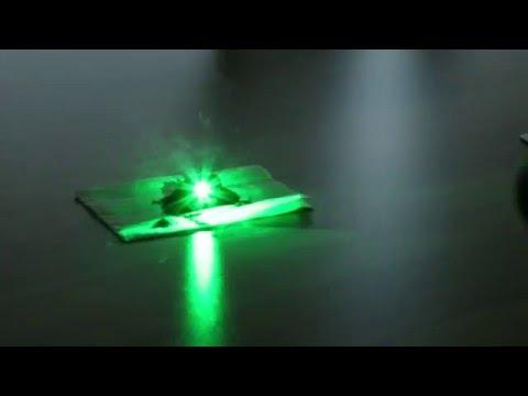520nm 1 Watt Green Laser Burning Coffee Grounds - SKYtech Lasers