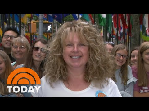 'You're Miracle Workers!' This Nurse Loves Her Ambush Makeover | TODAY