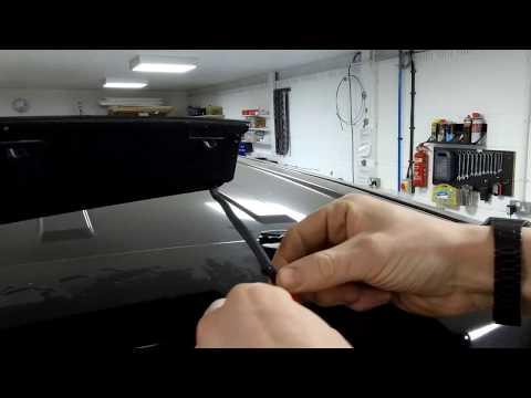 Range Rover L322 tailgate brake light upgrade options + fitting