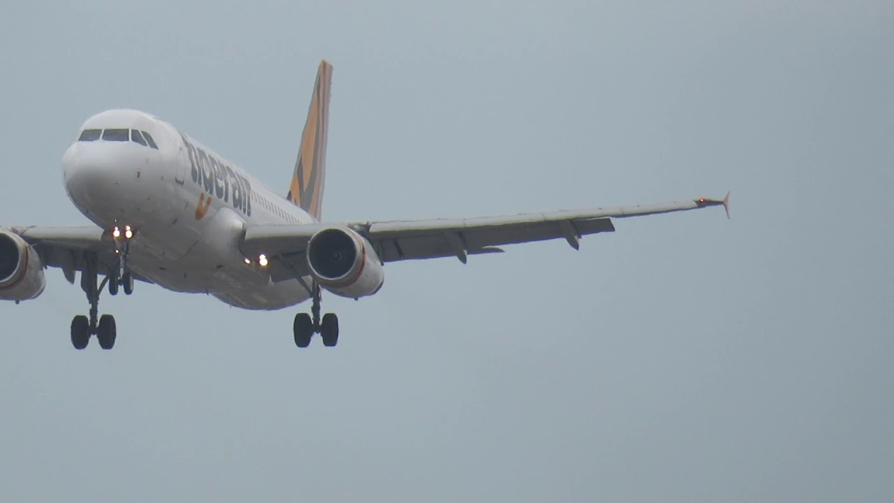 Tiger Air A320-200 Approach and Landing at Adelaide Airport