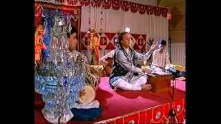 Is Tarah Mohabbat Ki (Official Video) - Chandan Das Ghazals