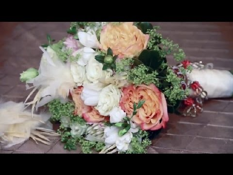 How to Make Vintage Wedding Bouquets at Home : Wedding Decorating